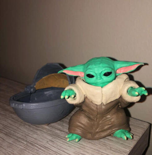 Baby Yoda Sitting - Front